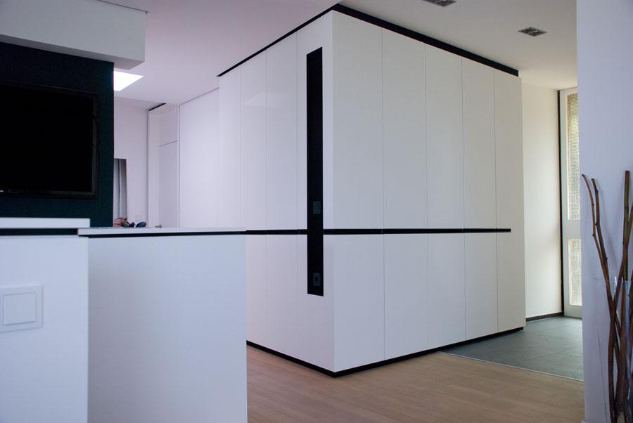 einbauschrank 2 fach schr ge. Black Bedroom Furniture Sets. Home Design Ideas