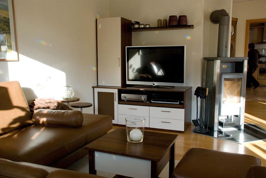 Wohnzimmer tv wand nussbaum massiv - Wohnzimmer tv wand ...