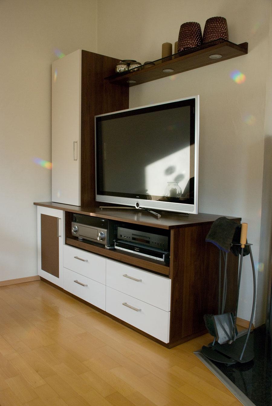 Wohnzimmer TV Wand Nussbaum Massiv