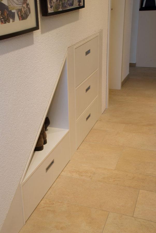 b der schr nke und k che. Black Bedroom Furniture Sets. Home Design Ideas