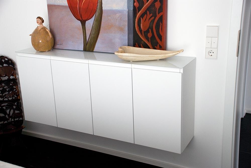 Sideboards und Küche