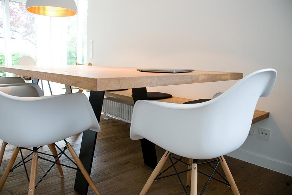esstisch und bank. Black Bedroom Furniture Sets. Home Design Ideas