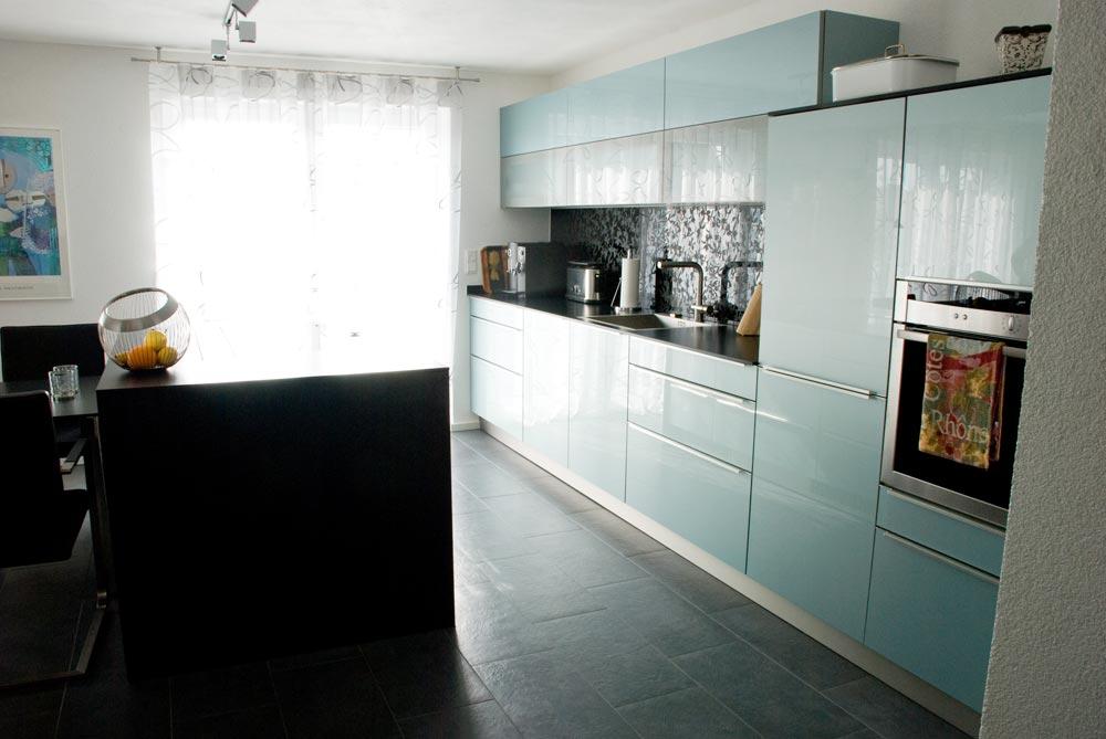 k che mit acryl fronten. Black Bedroom Furniture Sets. Home Design Ideas