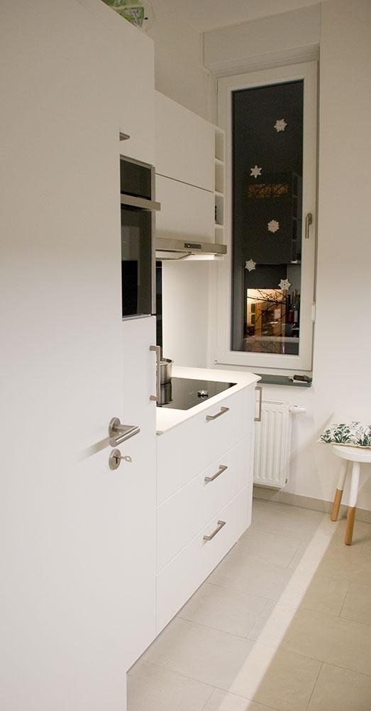 k che auf kleinstem raum. Black Bedroom Furniture Sets. Home Design Ideas