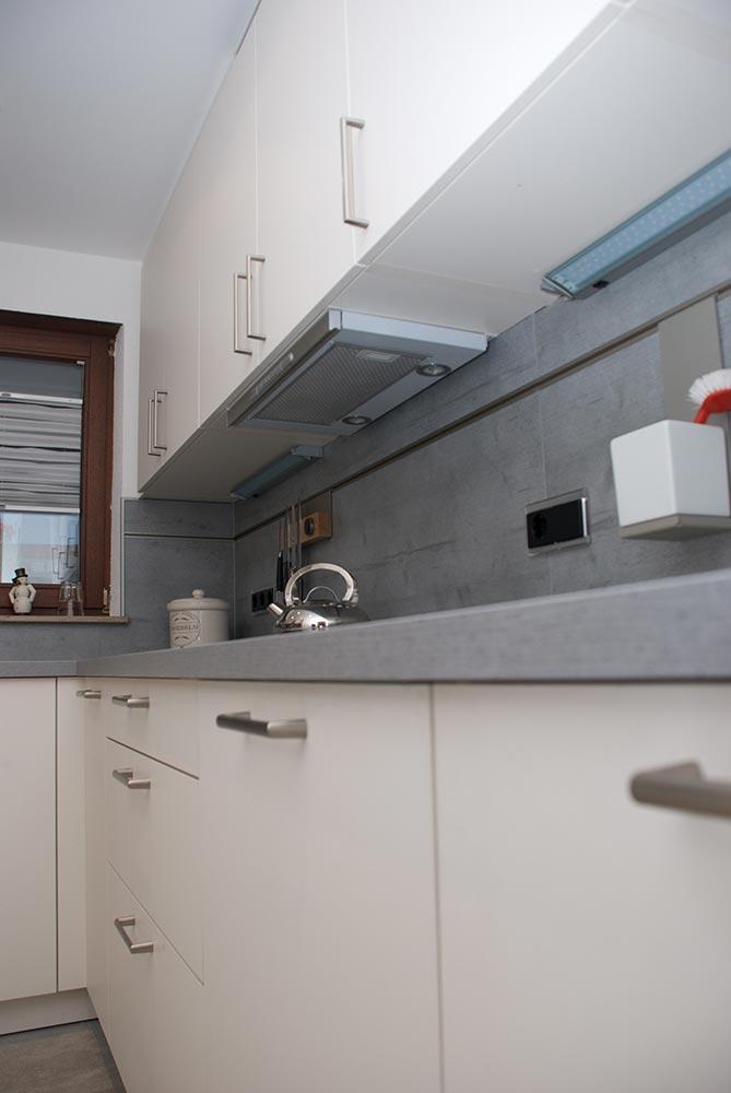 badezimmer auf engstem raum inspiration f r die gestaltung der besten r ume. Black Bedroom Furniture Sets. Home Design Ideas