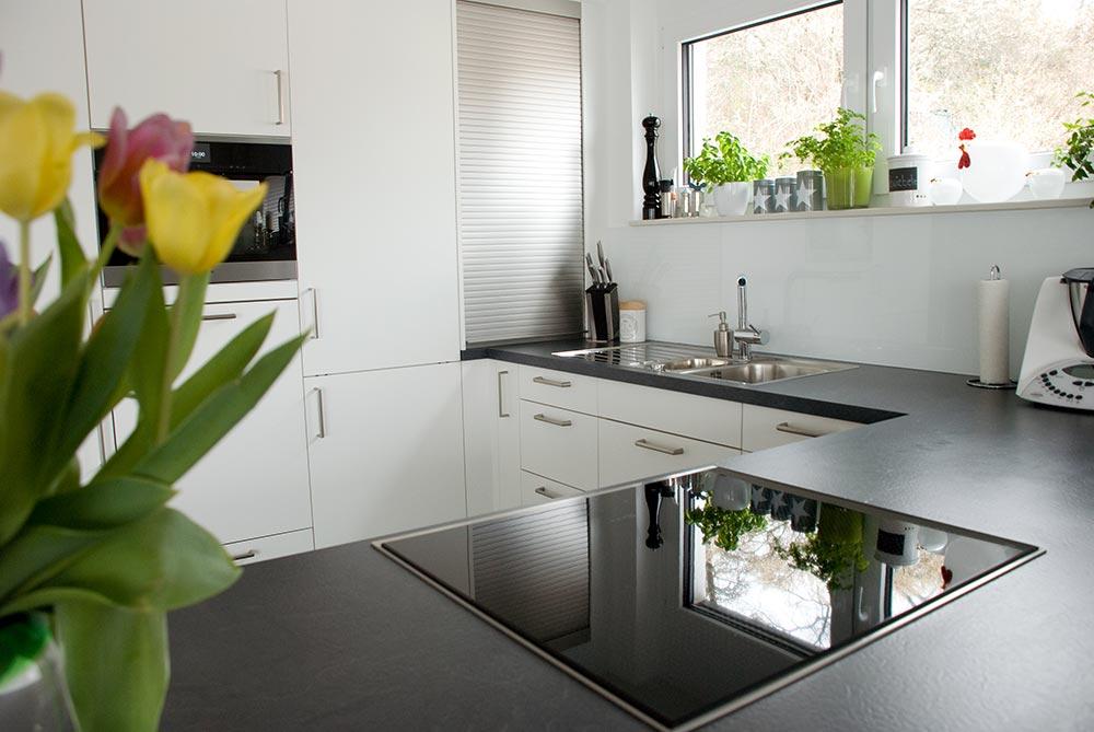 Rolladenschrank küche  Küche und Sideboards