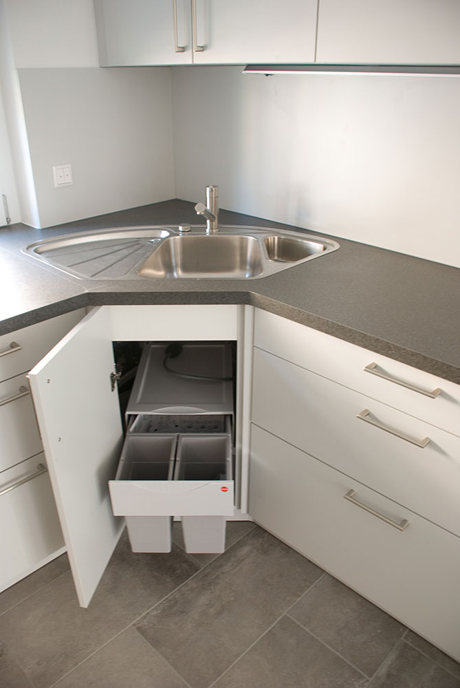 Küche in Kunststoff weiß